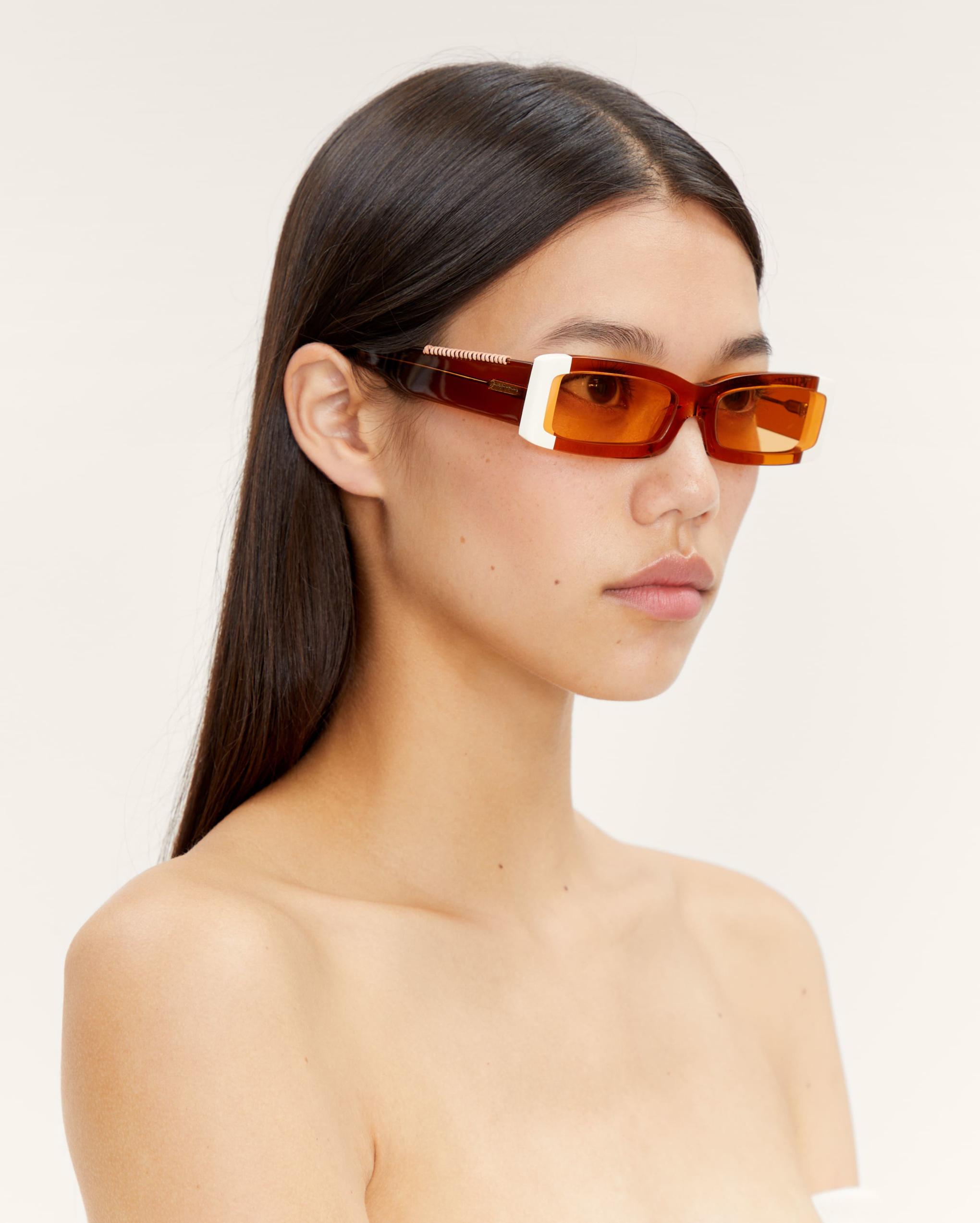 Les lunettes 97