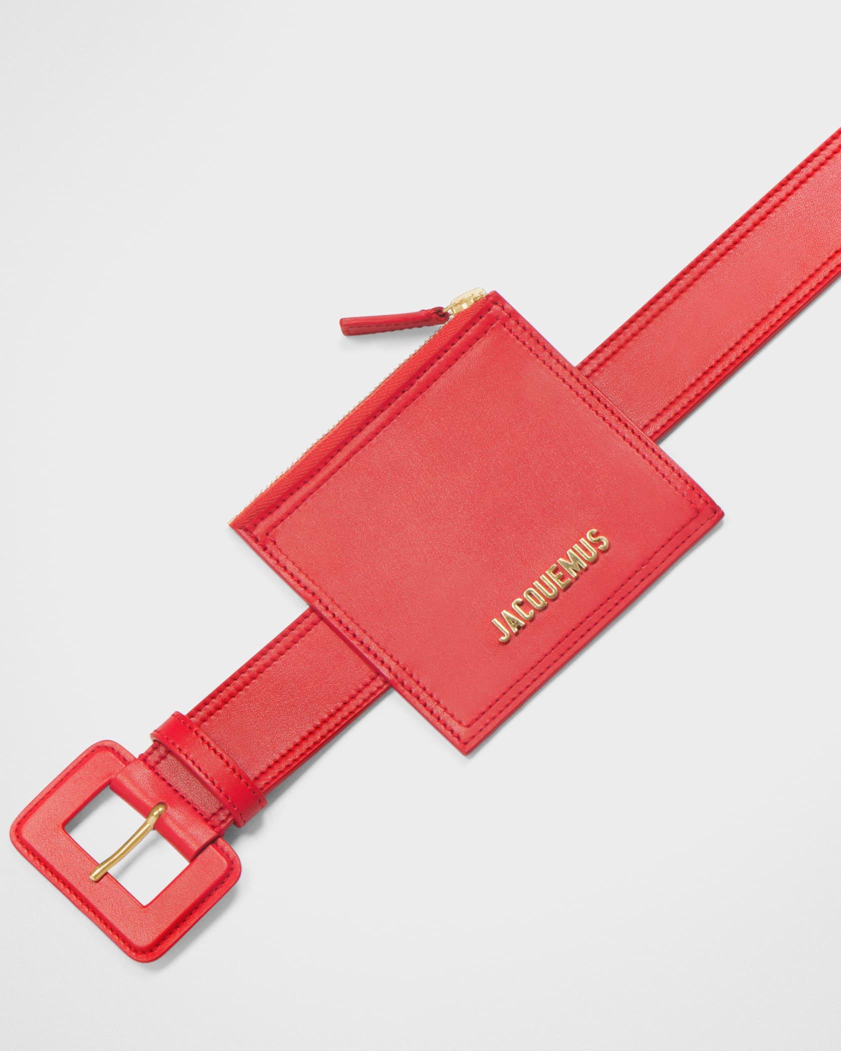 La ceinture carrée