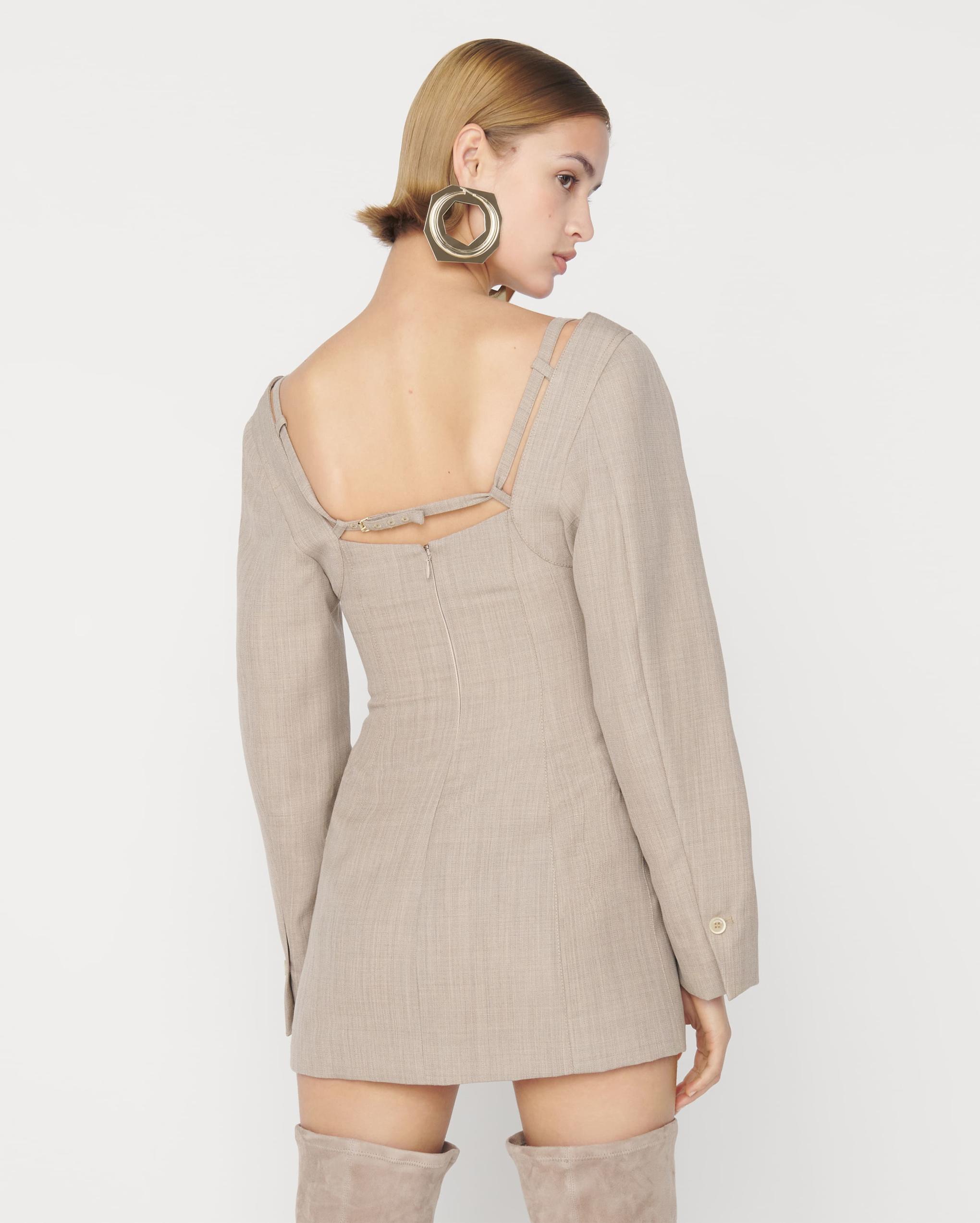La robe Maniu