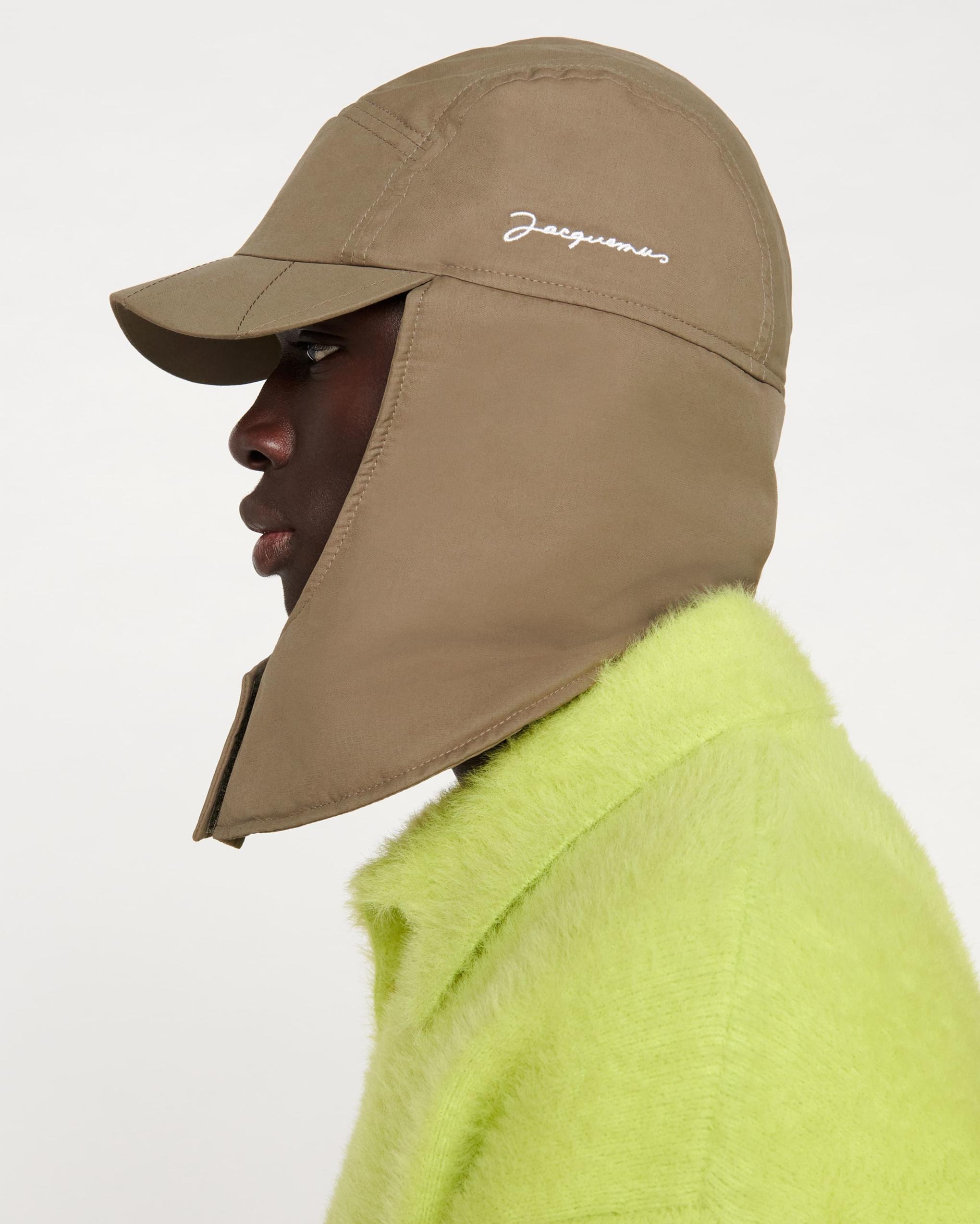 La casquette Cagoule