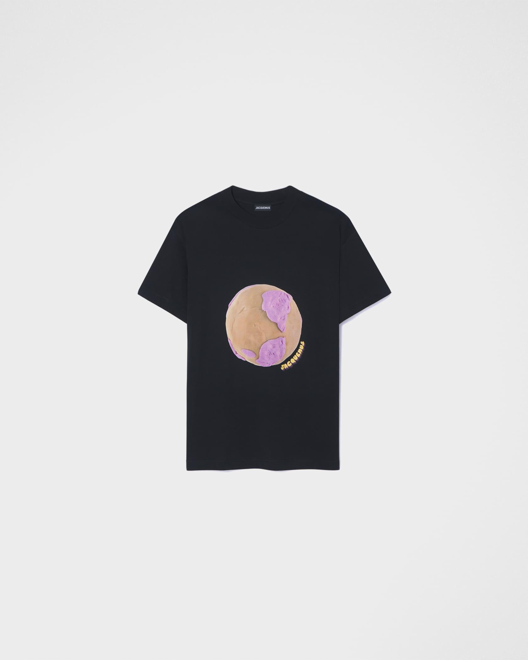 Le t-shirt Monde