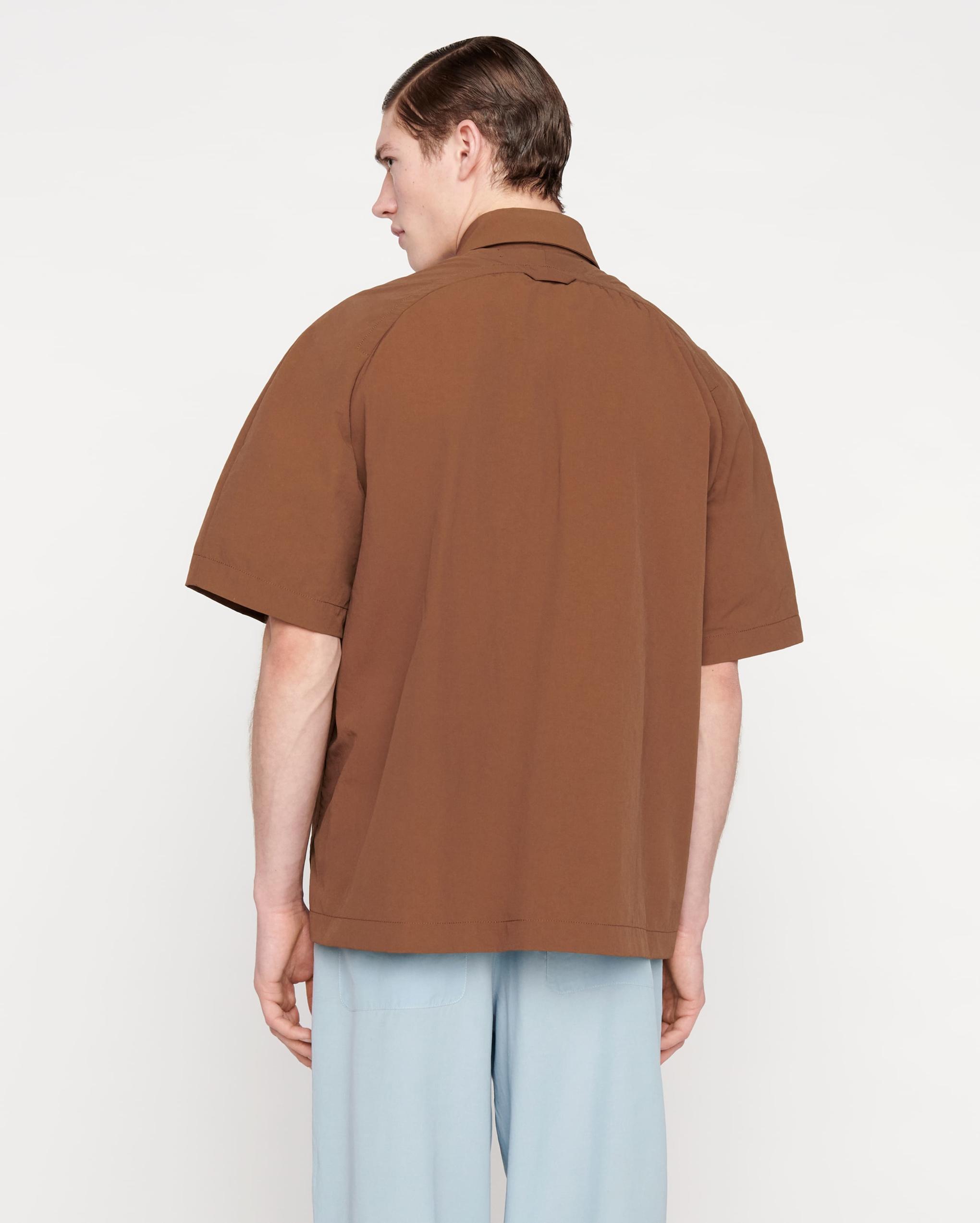 La chemise Rond
