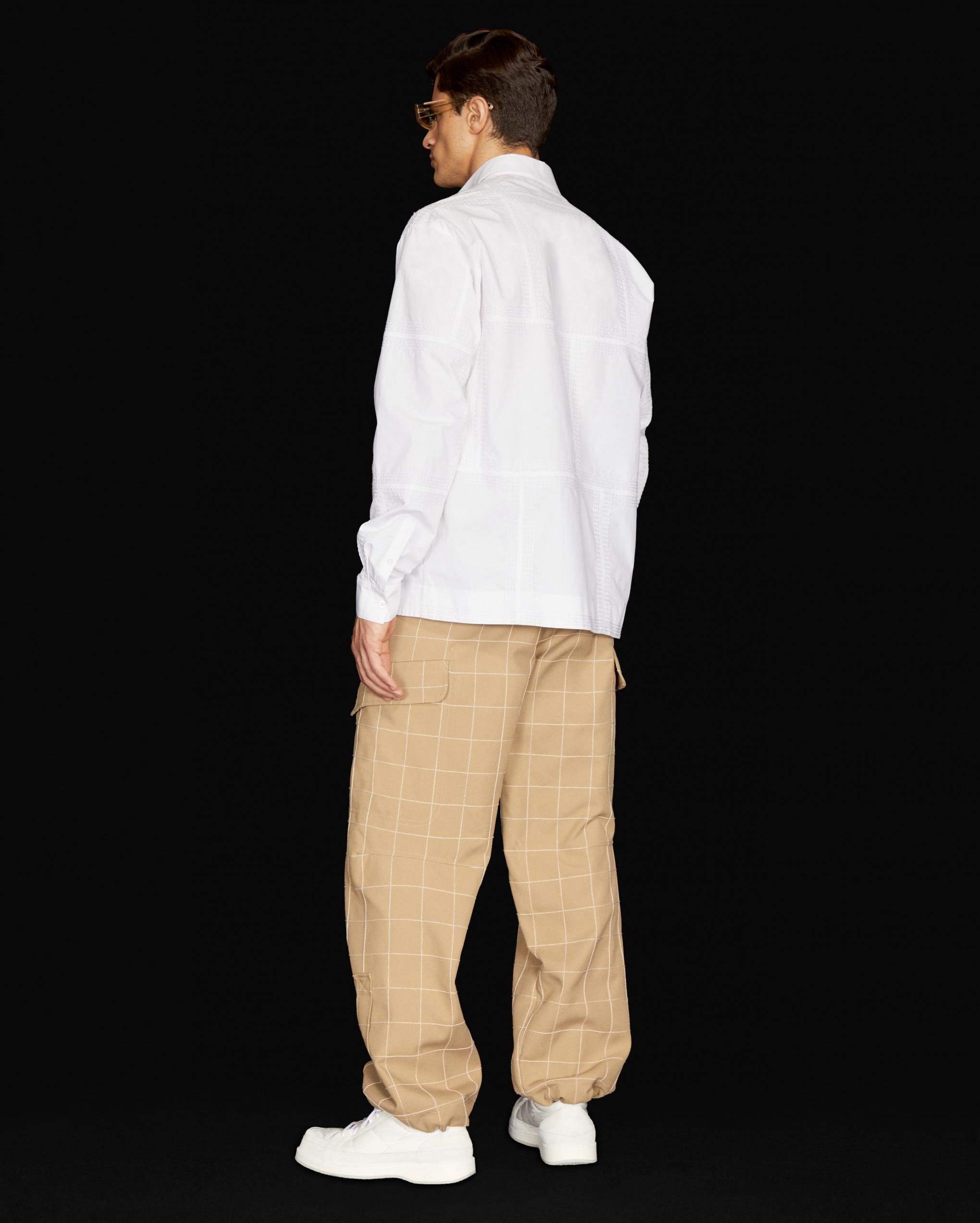La chemise mouchoirs