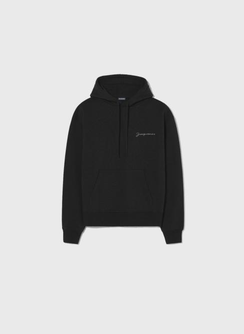 Le sweatshirt brodé